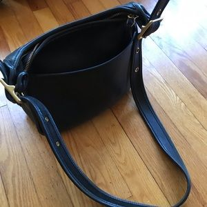 Gorgeous navy vintage coach bag